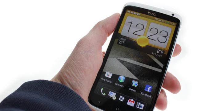 HTCs One X ble godt mottatt av anmelderne, men selskapet har opp til lanseringen av mobilen hatt problemer med å innfri markedets forventninger.