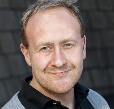 Informasjonssjef i NetCom, Øyvind Vederhus, melder i likhet med sin konkurrent at iPhone 5-salget går svært godt.