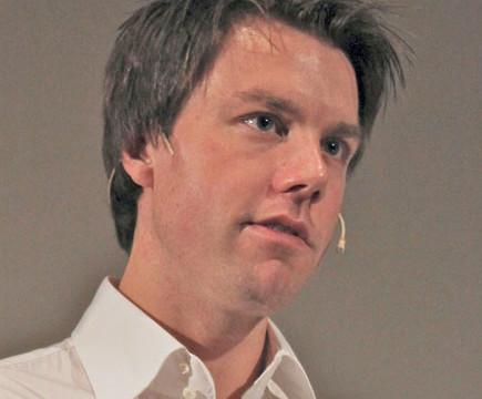 Martin Bekkelund er sjokkert over Amazons kundebehandling.