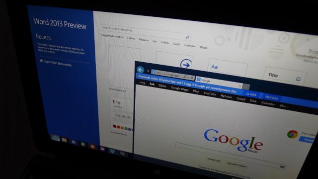 IE 10 og Word 2013 Preview følger med.