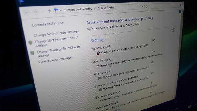 Microsoft minner oss stadig på at dette er en PC, og da må man passe på at alt går riktig for seg.