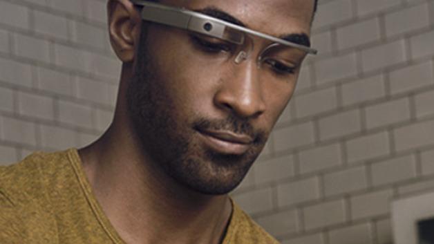 Google gir ikke opp Glass-prosjektet.
