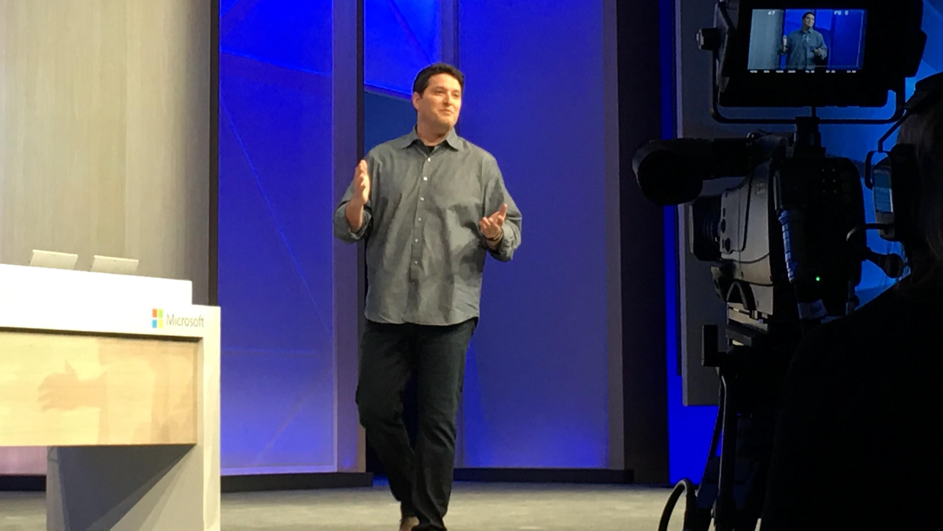 Microsoft avslørte at det kommer en større Windows 10-oppdatering gratis i løpet av sommeren.