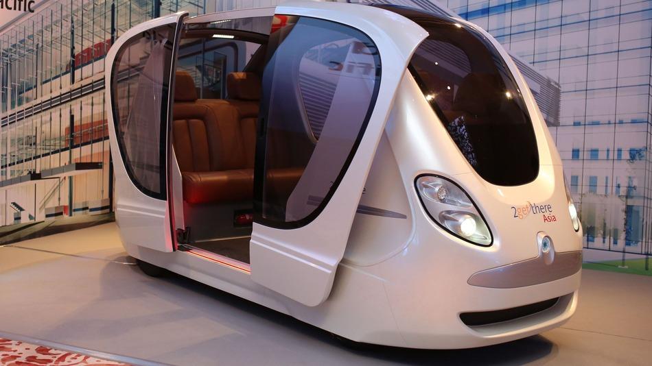 SMRT og 2getthere har innledet et samarbeid for å bringe førerløse biler til gatene i Singapor.