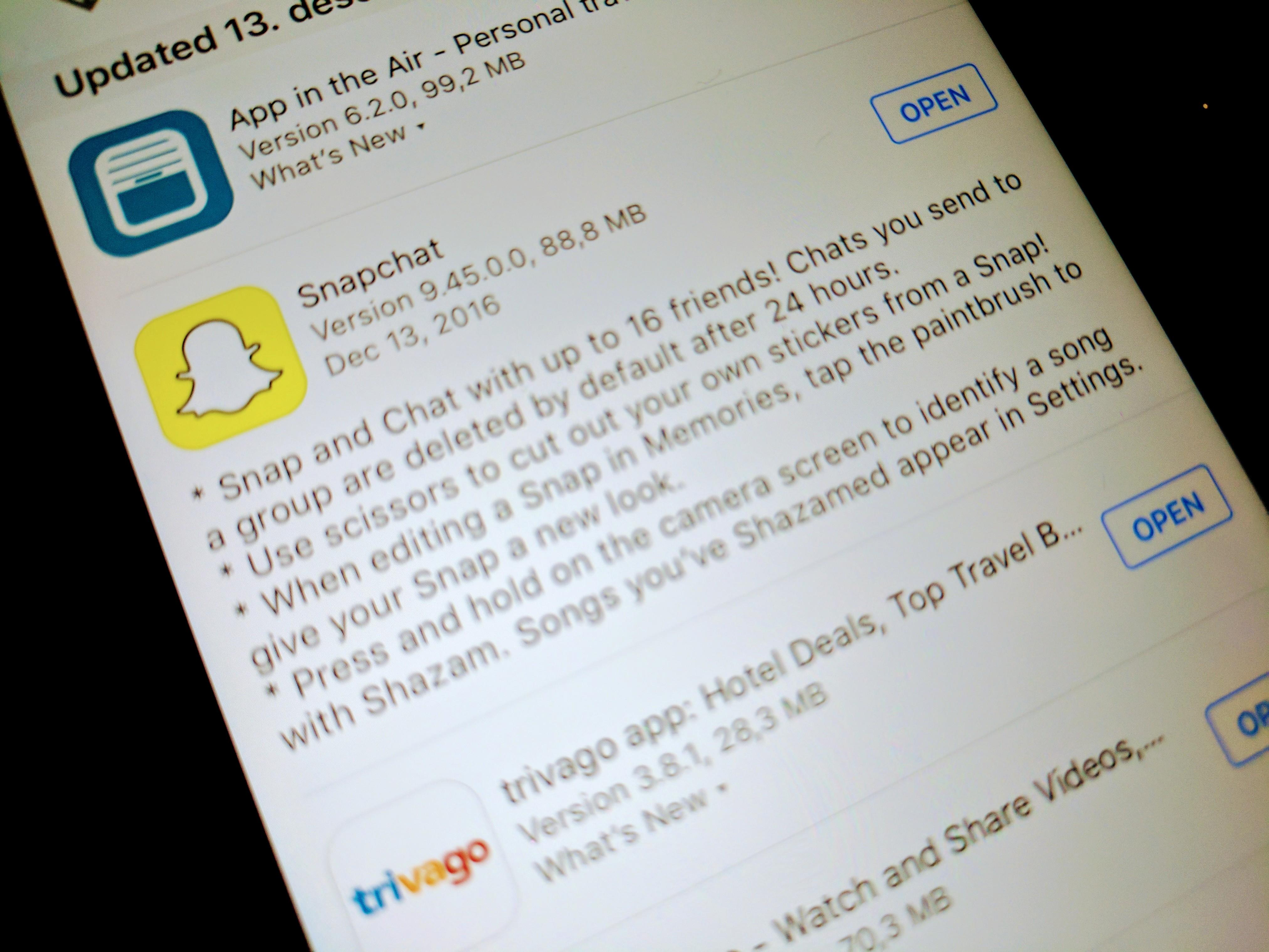 Snapchat har nå fått gruppemeldinger.