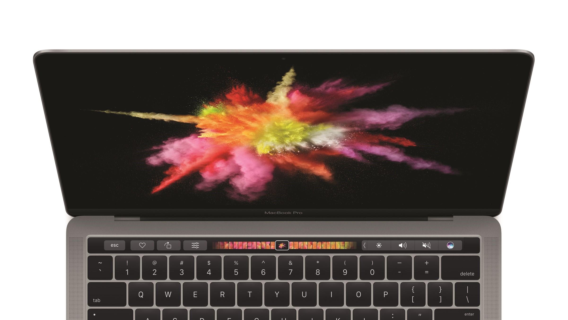 Flere eiere av nye MacBook Pro opplever en økning i batteritiden etter nyeste macOS-oppdatering.