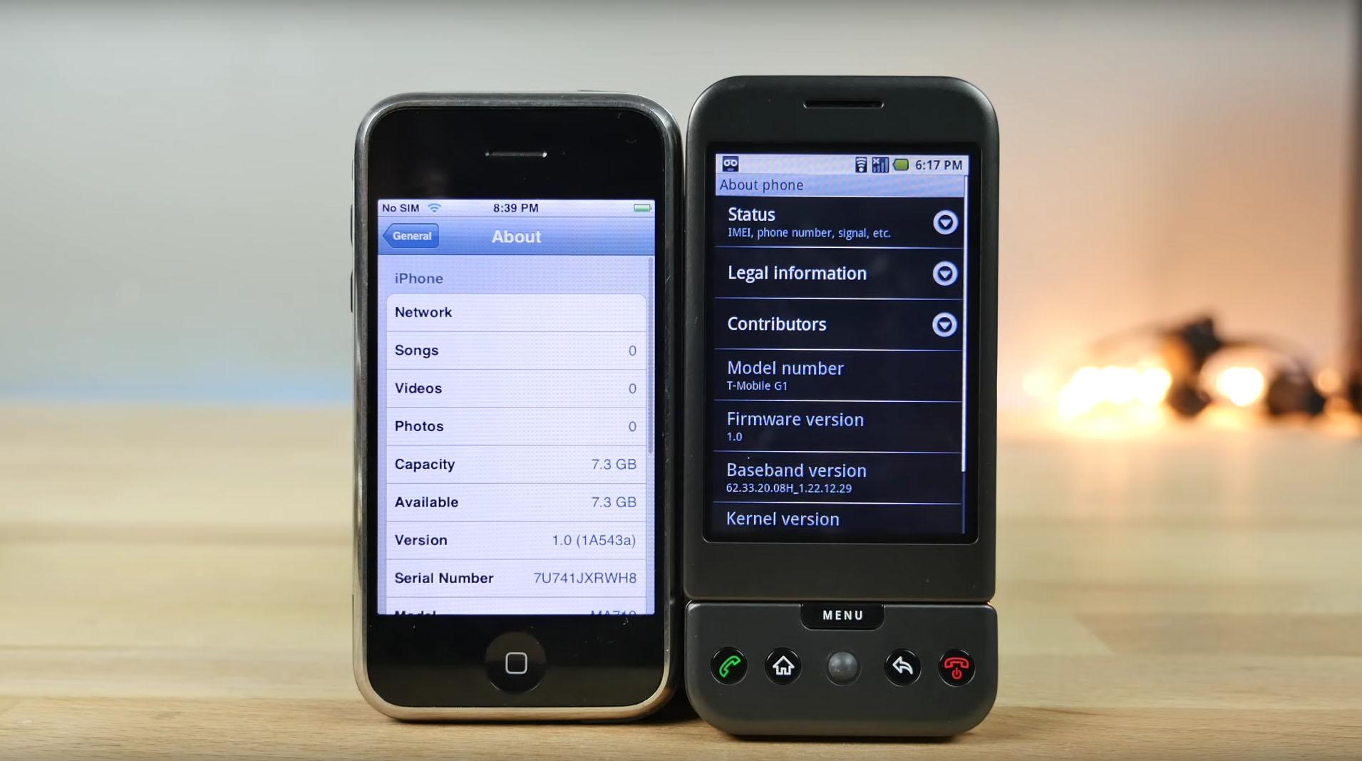 """Det er nesten ti år siden den første iPhonen kom på markdet. Her er et """"tilbakeblikk"""" på iPhone 1 og konkurrenten fra google."""