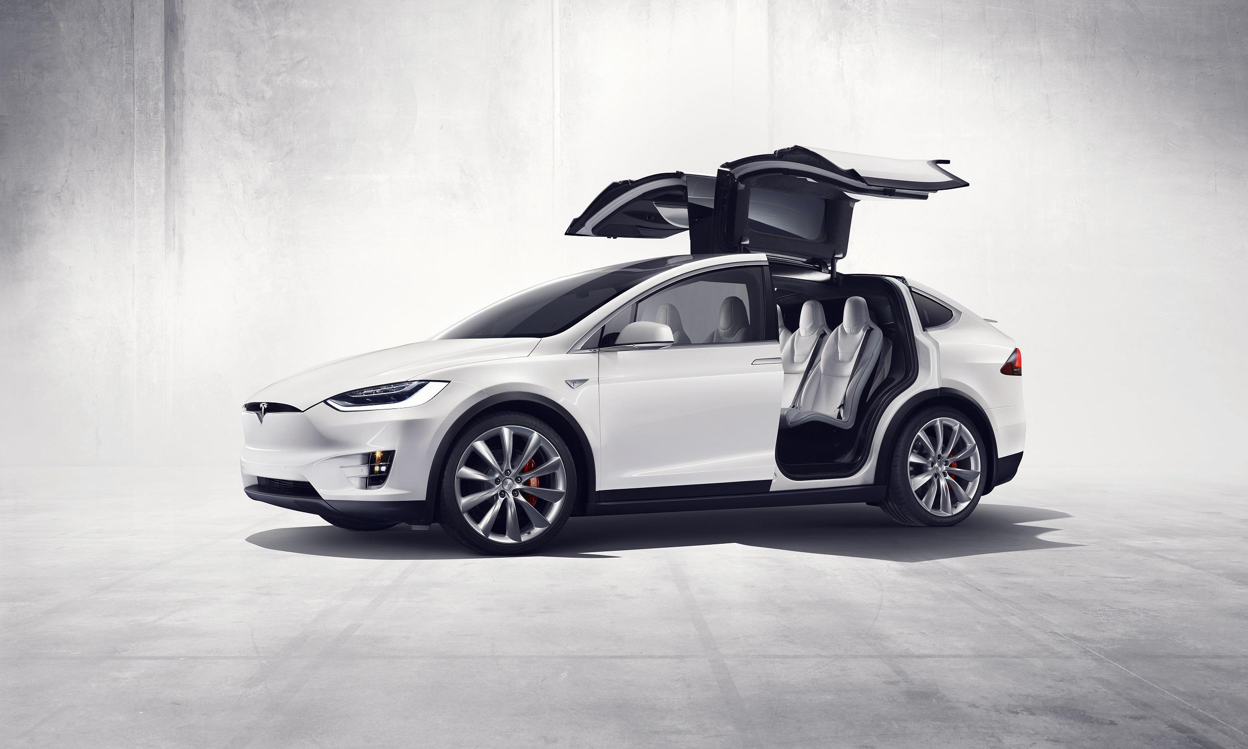 WSJ: Tesla ber leverandører om penger tilbake.