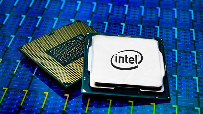 Intel stiller seg bak omstridt Core i9-ytelsestest.
