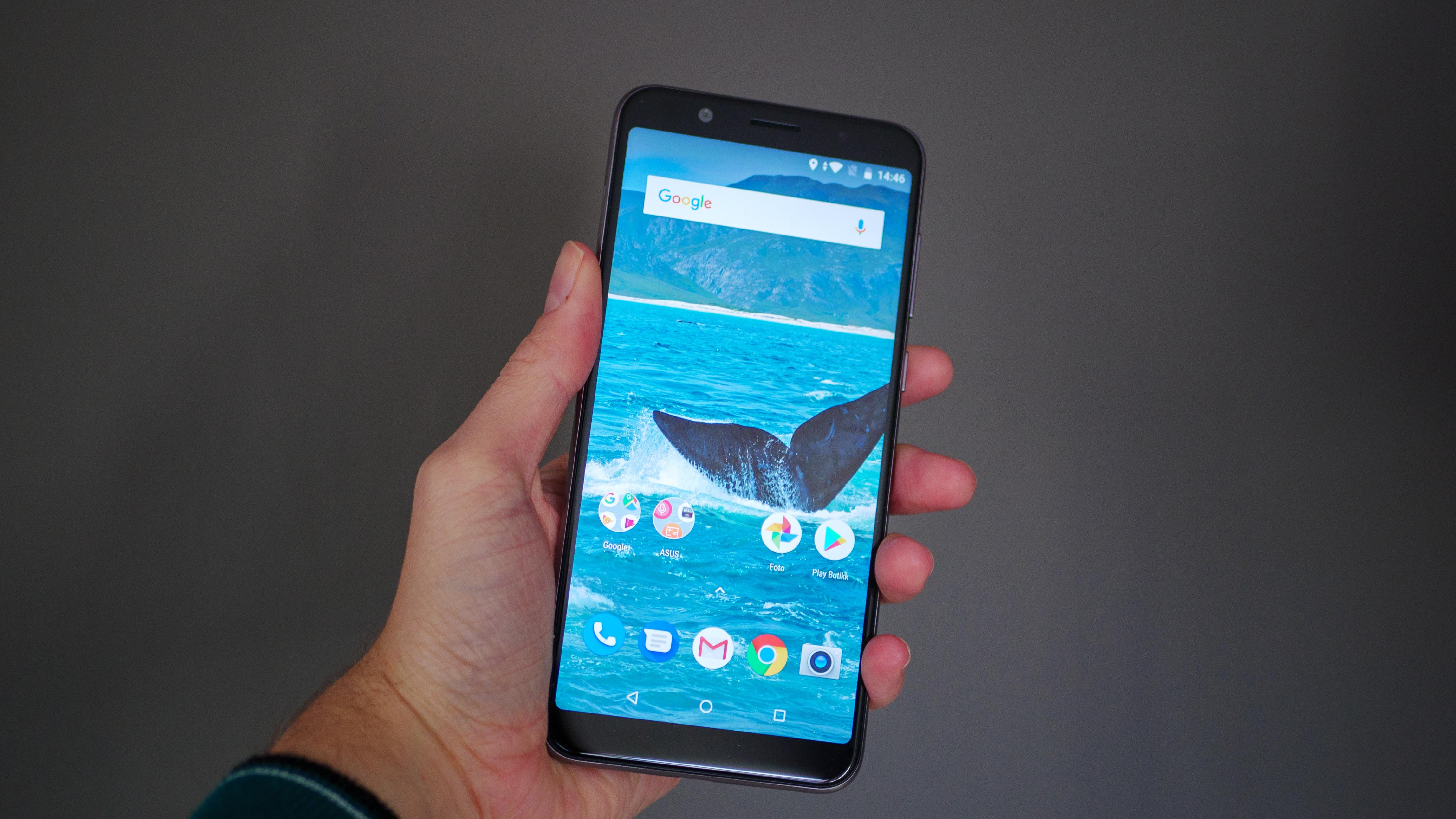 TEST: Denne mobilen koster 3000 kroner og overgår alle på ett punkt.
