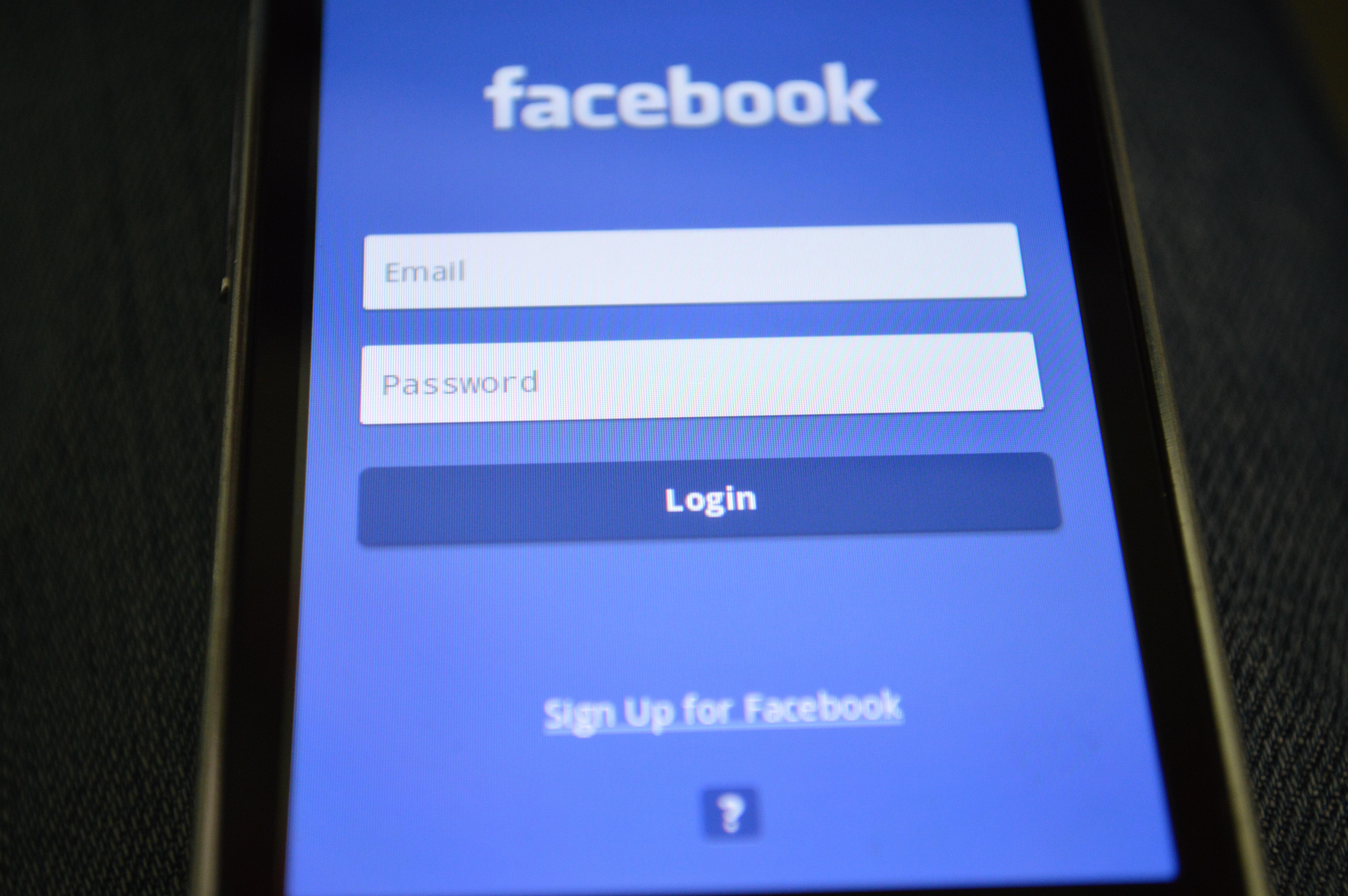 Facebook sliter i dag, tirsdag 20. november.