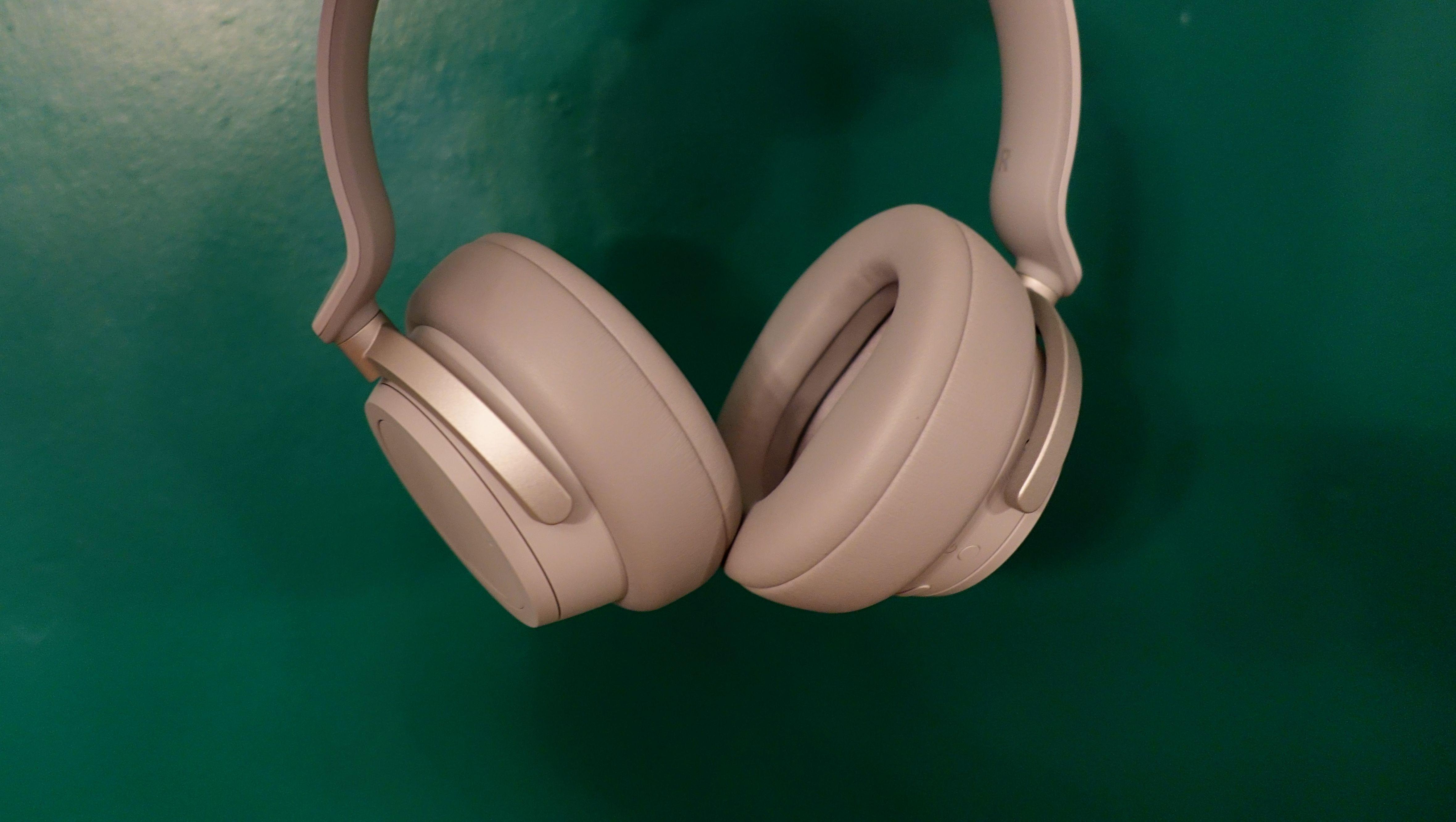 TEST: Surface Headphones er neste generasjon hodetelefoner