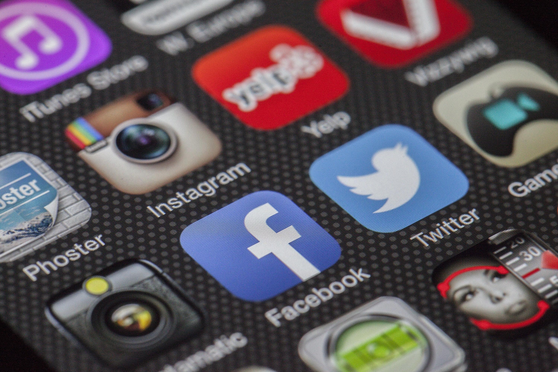 Kan Facebook vite hvor du skal reise? Nei, men de har tenkt å prøve å finne det ut, ifølge patent.