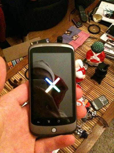 Dette skal i følge Twitter-folket være Googles nye Nexus-telefon, som i følge hardnakkede rykter i helga kommer neste år.