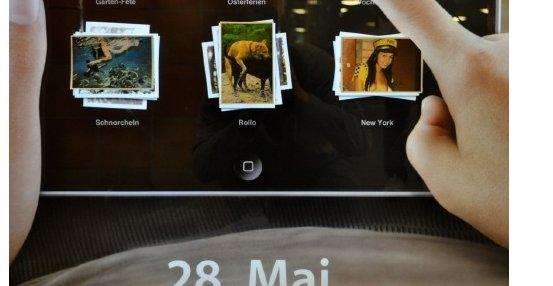 Et utsnitt fra iPad-reklamen med porno oppdaget i Berlin.