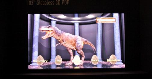 103 tommer og 3D uten briller. Panasonic gjør framskritt, men de fleste mener det vil ta minst 2-3 år før teknologien er moden.
