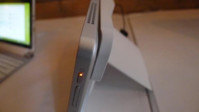 Ikke det lekreste og tynneste nettbrettet vi har testet, men det kjører fullverdig Windows 8 Pro og har kraftig Intel CPU.