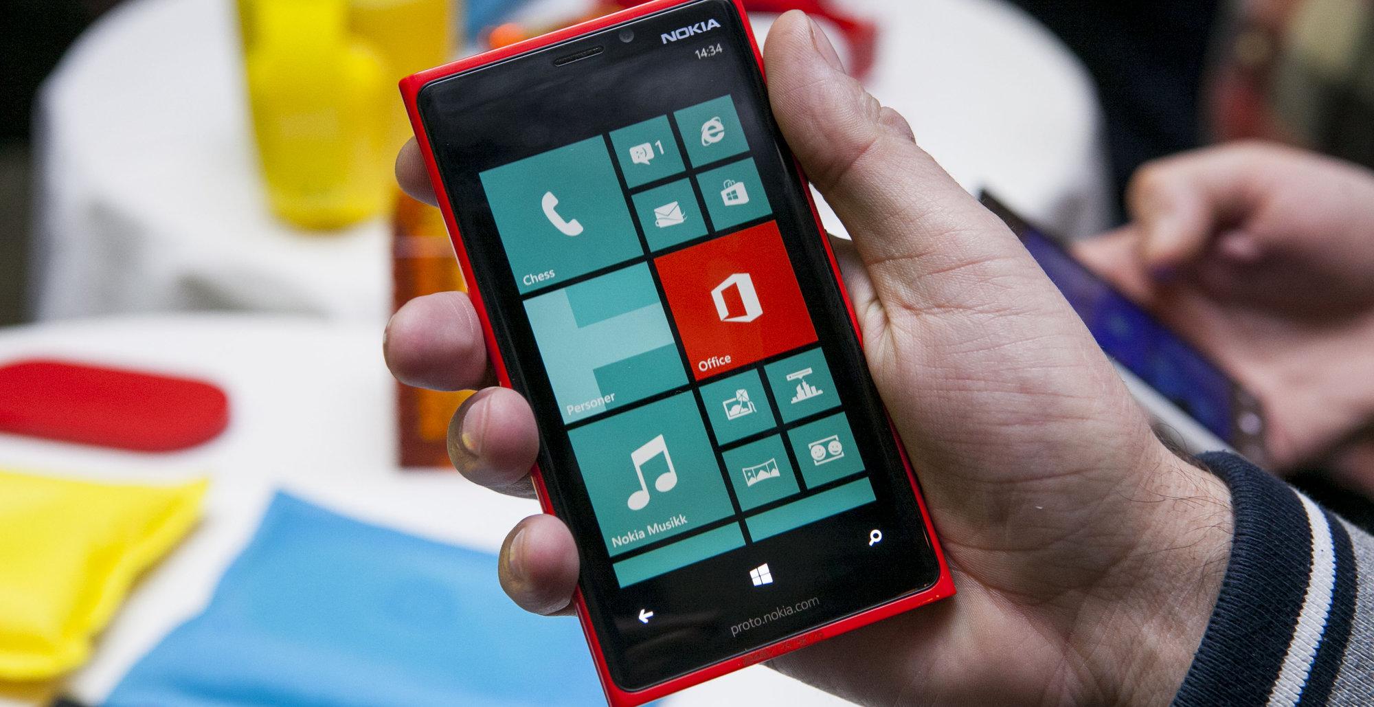 Microsoft har med Windows 8 og Windows Phone 8 lagt det som virker som en stø kurs videre. Nå gjenstår det bare å kapre kunder, så vil nok app-utvalget øke, og mobil-produsentene følge etter.