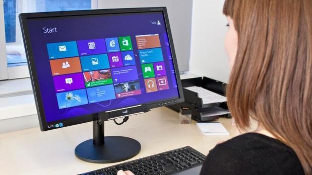 Rex skal lanseres i begrenset opplag i år. USB-produktet festes under skjermen og følger posisjonen til brukerens øyne for enkelt å kunne navigere blant annet nettsider.